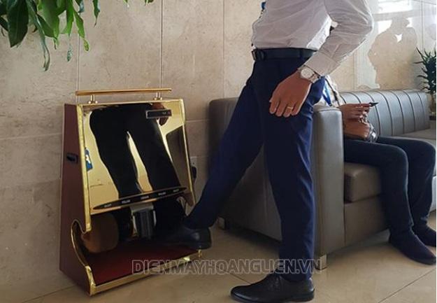 Máy đánh giày tự động