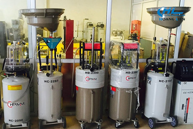 máy hút dầu thải vận hành đơn giản