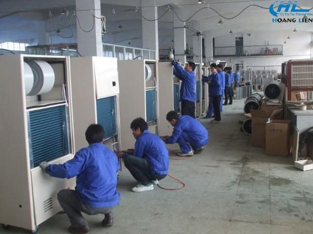 Quá trình lắp đặt thiết bị hút ẩm cho nhà xưởng